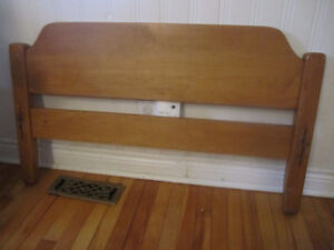Foot board for single bed