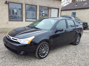 2009 FORD FOCUS...FULLY LOADED... 6 MONTH WARRANTY..