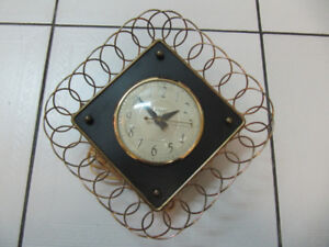 Classic Snider Model 1100 Electric ClockMade In Toronto 1950-60s