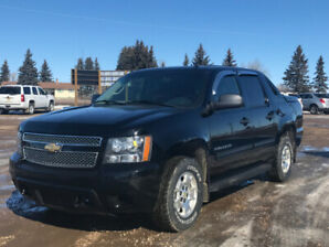 2011 CHEVROLET AVALANCHE LS BLUETOOTH, HTD SEATS, ADJ PEDALS