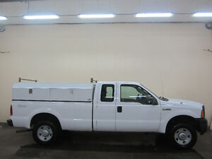 2007 Ford F-250 XL Supercab 4x4 With Service Body Edmonton Edmonton Area image 2