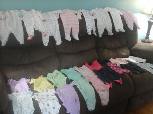 Baby girl clothes size newborn and 0-3 months