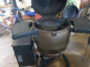 Pellet Smoker, traeger & charcoal, Broil King Keg