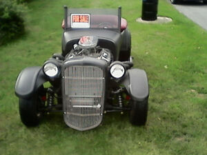 1927 FORD  ROADSTER. aka. HOT ROD