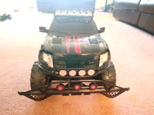 New Bright RC Ford Raptor 1/5 scale