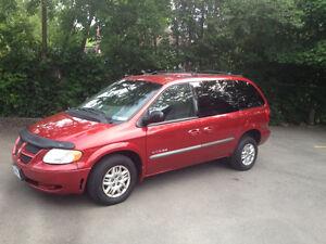 2001 Wheelchair-Accessible Dodge Caravan Sport Minivan