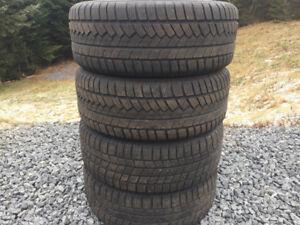 Four 225/60R15 Winter Tires Excellent Tread