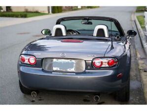2007 Mazda MX-5 Miata (Manual)