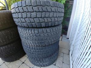 4  pneu  d hiver 225/60/16  snow tracker radial st2 a 10/32