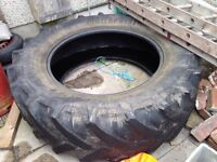 Large Tractor Tyre Garden Sand Pit Raised Flower Bed FREE
