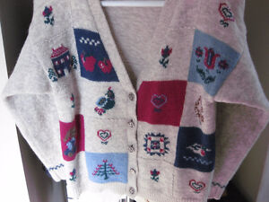 BEAUTIFUL COZY WOOLRICH SWEATER