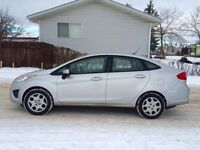 2011 FORD FIESTA SE ~LIKE BUYING NEW~ CHEAP ON GAS!!