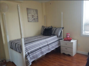 7pc Twin Canopy Bedroom set