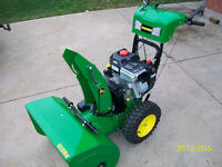 John Deere 10hp 28 inch cut ...MINT  CONDITION