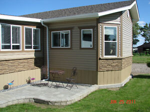 Home ready to move in MD of Taber