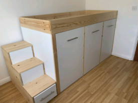 Bespoke Carpentry, Fitted Wardrobes, Beds, Handyman
