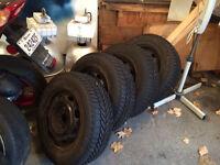 """Rims 14"""" avec pneus"""