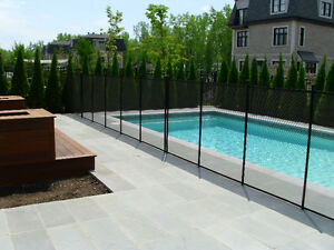 POOL SAFETY FENCE : POOL GUARD