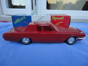 1966 FORD THUNDERBIRD Dealer Promo Model - AMT - Candy Apple Red