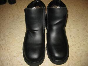 BRAND NEW, never worn Denver Hayes Men's Winter Boots