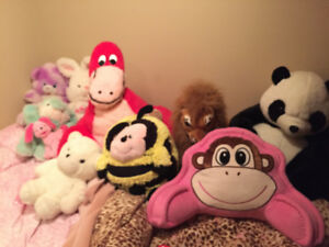 Stuffed animals, pillow and plush toys