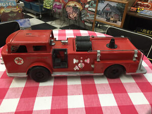 Texaco Firechief Metal Fire Truck--large size--vintage-----