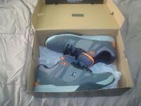 New never worn DC SNEAKERS size 10.5 $50.00