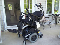 Power Wheelchair **Just like new**delivery included***reduced***