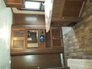 Camper 29ft with 3 bunks in 2nd bedroom. Keystone Hideout 29BHS