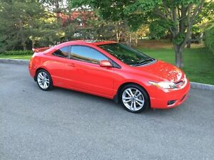 2007 Honda Civic SI Coupé 2 portes Rouge (négociable)