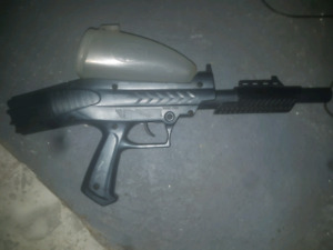 Pump action paintball marker