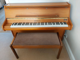 Bently compact 85 piano