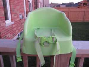 Strapable high chair seat