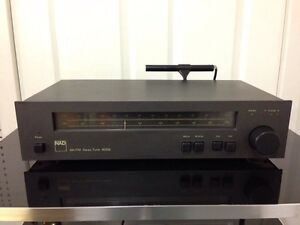NAD 4020A Stereo Tuner