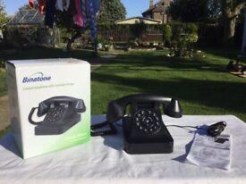 OLD STYLE TELEPHONE. BINATONE CORDED TELEPHONE WITH NOSTALGIC DESIGN. CLASSIC RETRO. NICE LOOKING