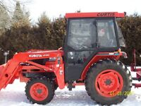 "kubota L3010,loader,tractor ,4WD with 60""blower"
