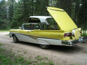 1958 FORD FAIRLANE RETRACTABLE CONVERTABLE