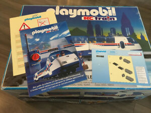 PLAYMOBIL 4020 REMOTE CONTROL TRAIN SET