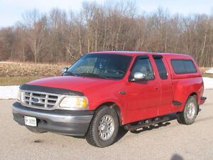 1999 Ford F-150 XLT with Leer Cap **SAFETIED & E-TESTED** Kitchener / Waterloo Kitchener Area image 1