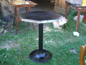 HEXAGONAL BISTRO/BAR TABLE AND CHAIRS CA.1940
