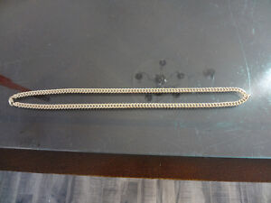Gold chain 14k Chaine en or 14k 28 pouce 32g cuban link
