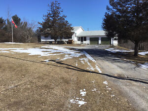 3 BEDROOM BOBCAYGEON BUNGALOW ON 2.98 ACRES