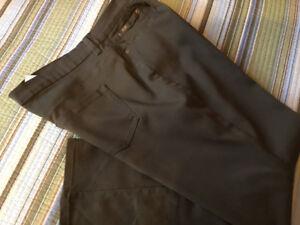 DG2 Diane Gilman stretch pants, new