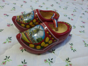 Holland Dutch Lot including clogs, book, Girl Guide spoon & More Kitchener / Waterloo Kitchener Area image 4