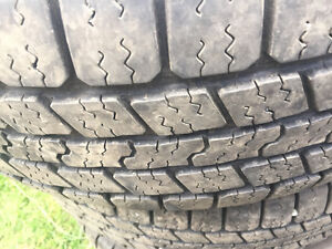 265/70R17 GOOD YEAR SUMMER TIRES EXCELLENT CONDITOIN