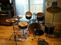 Yamaha Rydeen 5 Piece Drum Set w/ Extras