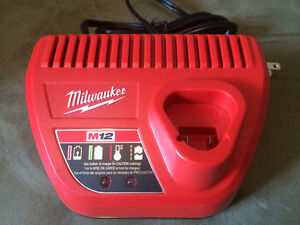 Milwaukee M12 LITHIUM-ION 30-Minute battery charger.