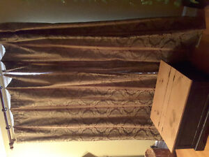 Curtains/Drapes