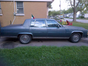 1986 Cadillac Fleetwood Brougham $2500 or Trade 76000km
