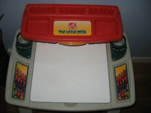 Step 2 Desk Oakville / Halton Region Toronto (GTA) image 4